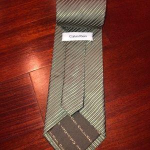 Men's Calvin Klein tie - 100% silk necktie